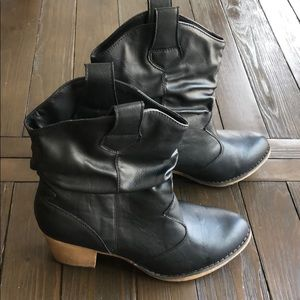 Black Western Boots Size 9
